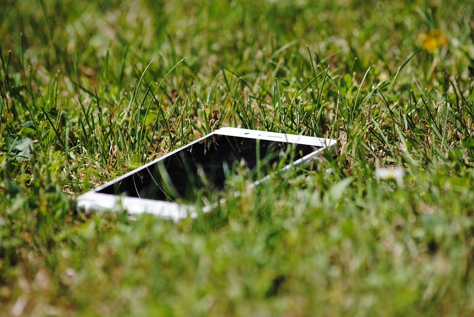 pád mobilu